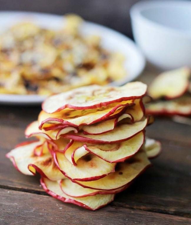 Яблочные чипсы еда, закуска, полезно
