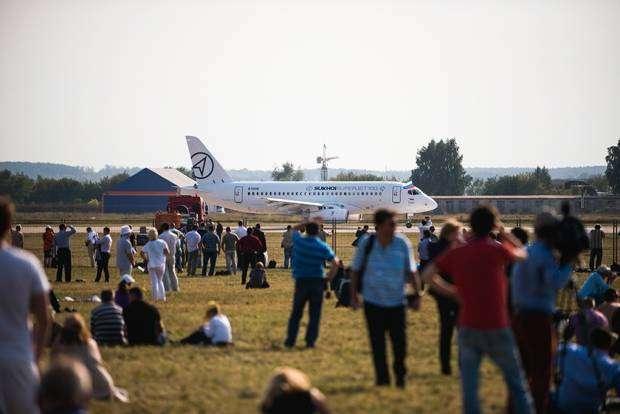 Самые яркие кадры авиасалона МАКС-2015