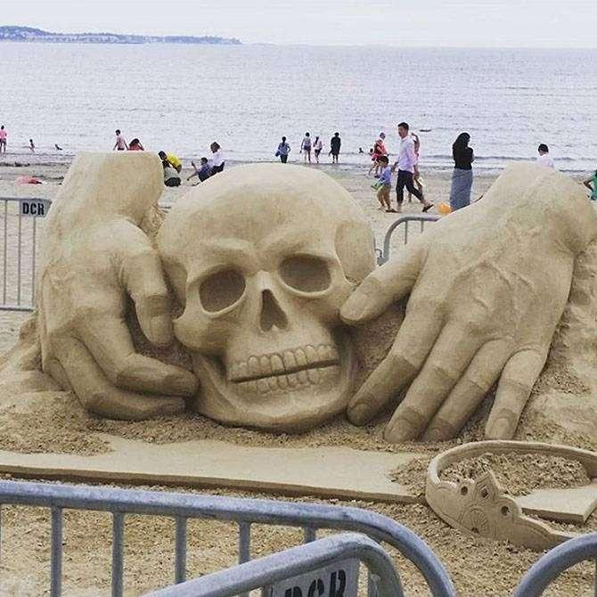 Шикарные скульптуры из песка