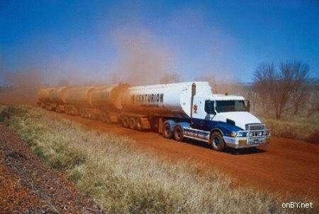 Автопоезда из Австралии (7 фото)