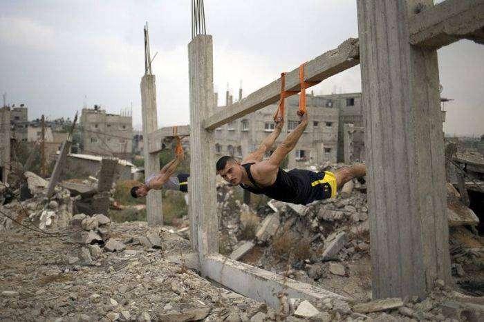 Любители воркаута из Палестины (17 фото)
