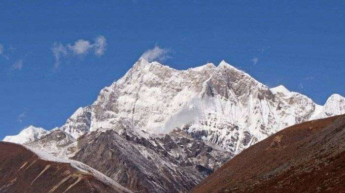 Самая высокая непокоренная гора в мире (5 фото)