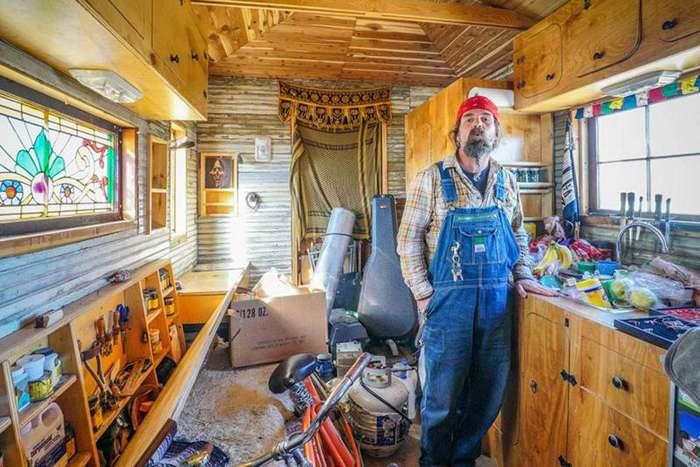 Люди, которые живут в очень маленьких домиках дом, люди