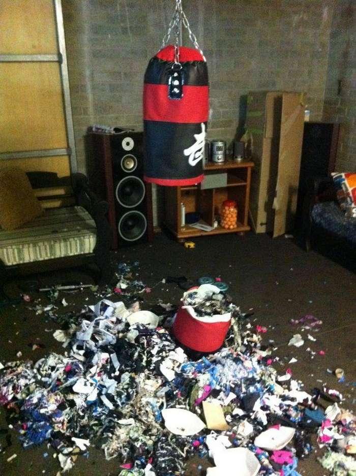 Зачем набивать боксёрскую грушу специальным материалом, когда можно набить её содержимым ближайшей мусорки китай, халтура