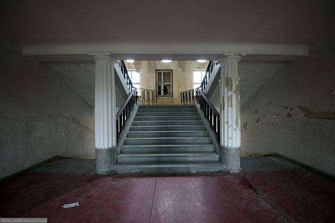 Заброшенный штаб группы советских войск в Германии