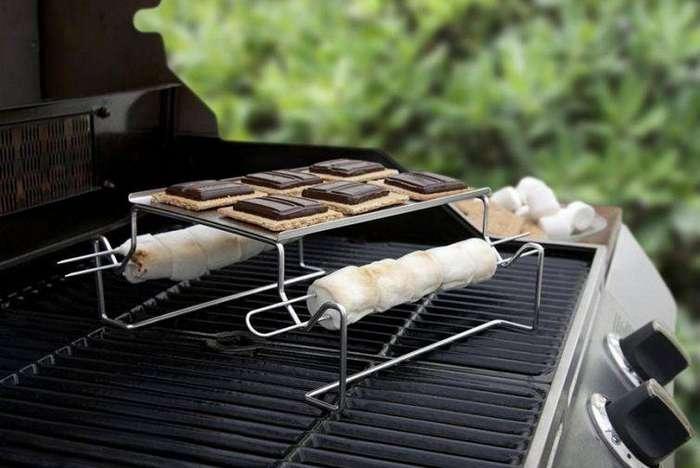4. Мини-барбекюшница, на которой вы можете одновременно жарить маршмеллоу и плавить шоколад на печенье гаджет, кухня