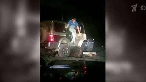 Пьяным охотникам грозит срок до 2-х лет за издевательство над медведем
