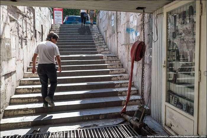 Подземный переход в Ереване