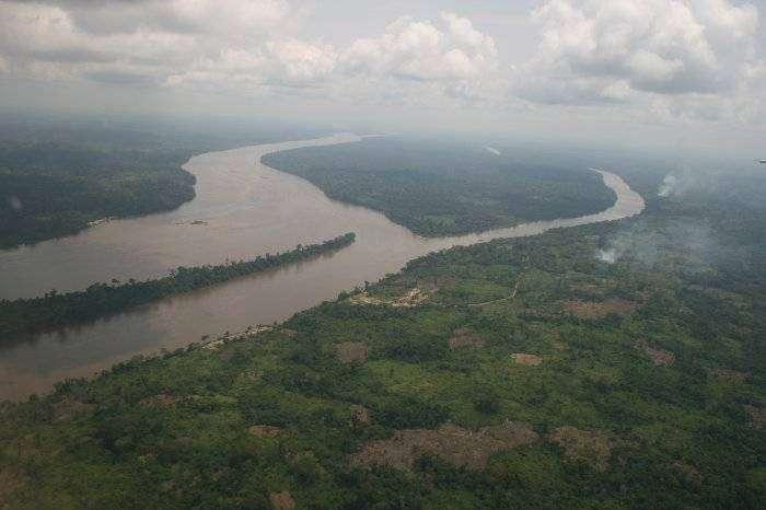 Самая глубокая река в мире (7 фото)
