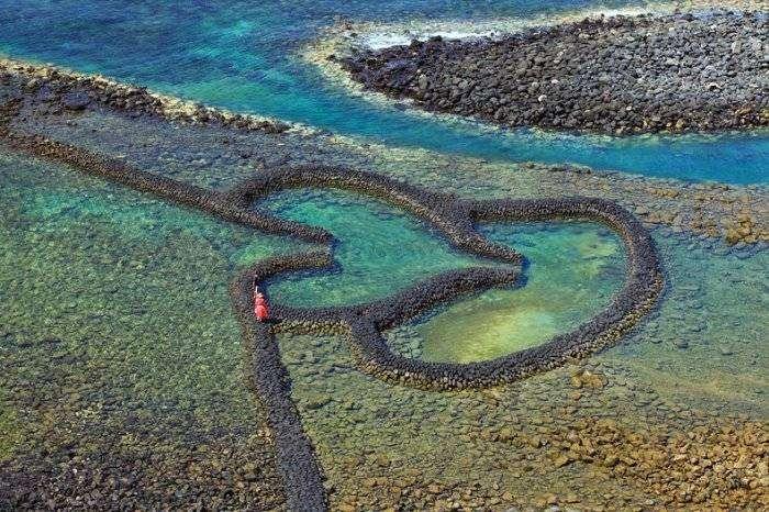 Романтическая ловушка для рыб на архипелаге Пэнху (6 фото)