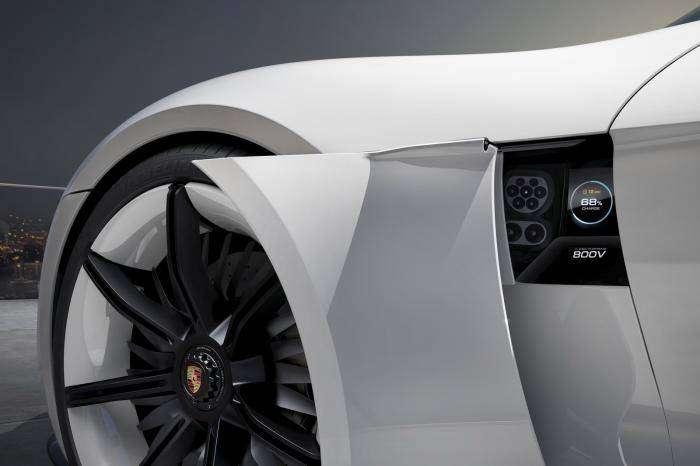 Электрический концепт Mission E от Porsche (28 фото)