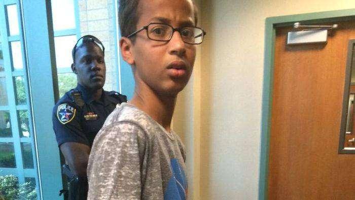 В США арестовали подростка из-за самодельных часов (3 фото)