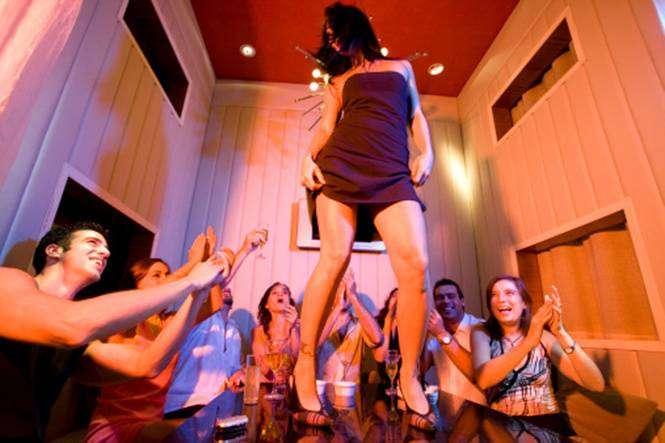 7 вещей, которые никогда не следует делать в ночном клубе