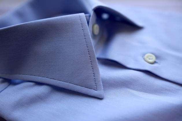 Рубашка на заказ: на один сантиметр строчки приходится 7–8 стежков.