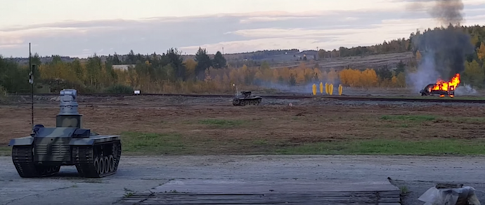 В России испытали боевых роботов — разведчика и «киллера»