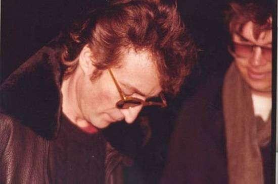 Леннон со своим убийцем