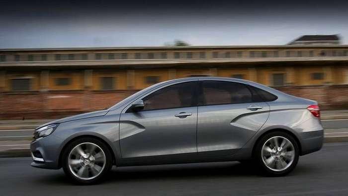 АвтоВАЗ уточнил дату старта продаж седана Lada Vesta