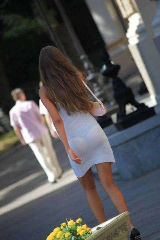 Девушки в прозрачной одежде девушки, красота, лето, одежда, эротично