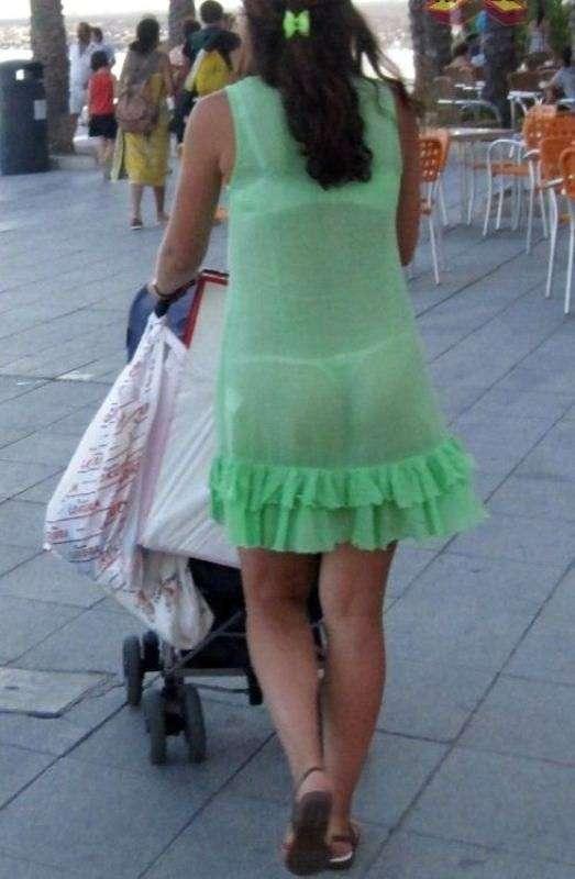 Фото в прозрачных платьях на улице