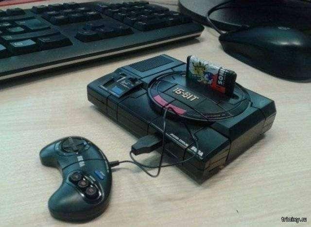 Уникальная приставка-трансформер Sega Mega Drive (9 фото)