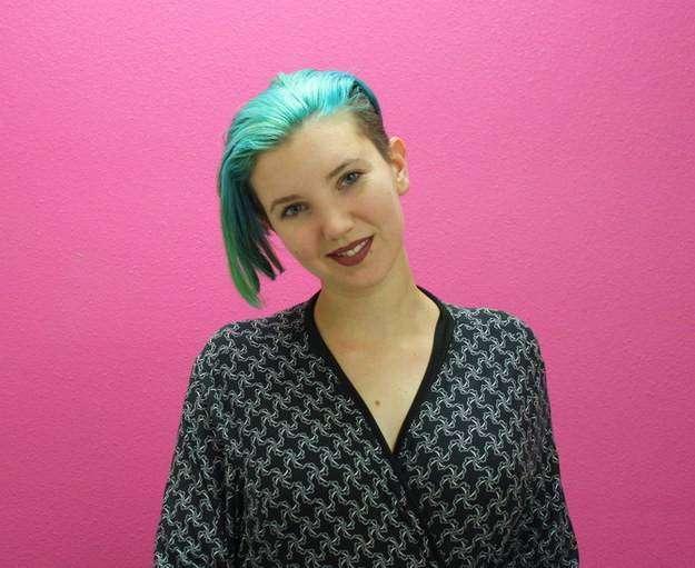 Эта девушка покрыла своё тело татуировками после удаления молочных желез из-за рака груди (10 фото)