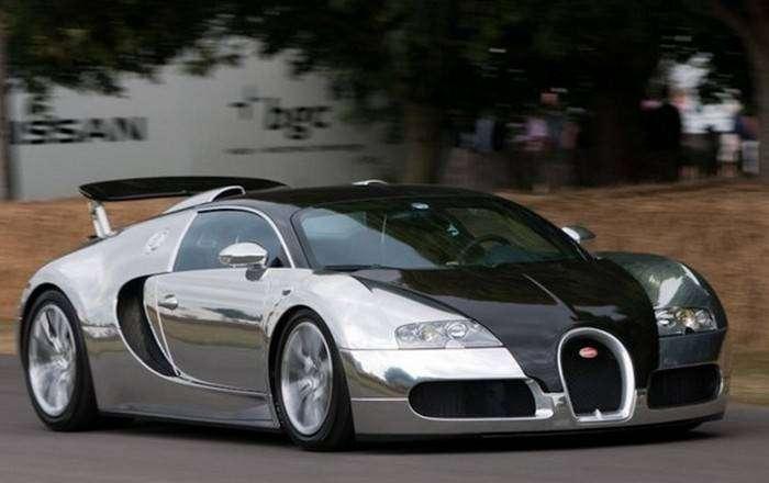 Bugatti Veyron Pur Sang.