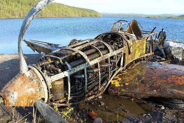 Как поднимают и реставрируют самолёты