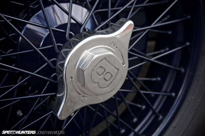 Bentley Blue Train - эстетика во всем (15 фото)
