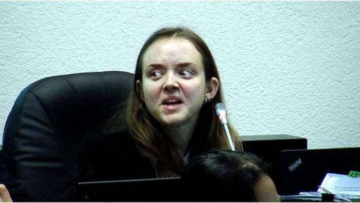 Чересчур эмоциональный эстонский прокурор (8 фото)