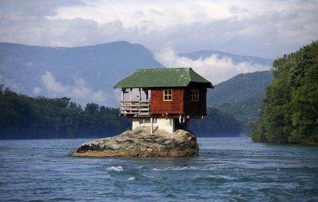 25 необычных домов