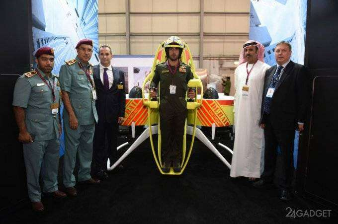 Дубайских пожарных оснастят реактивными ранцами (6 фото)