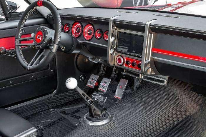 Классический Ford Mustang от компании Ringbrothers (10 фото)