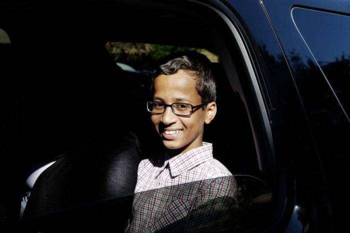 Американский школьник требует компенсацию  в 15 милл. $ (3 фото)