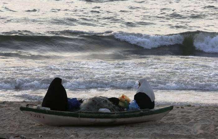Повседневная жизнь простых палестинцев (27 фото)