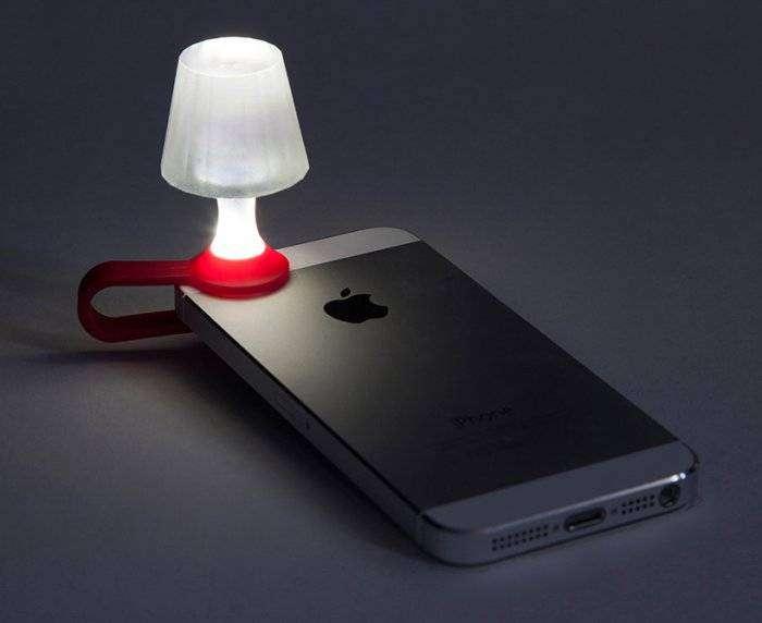 Крошечный ночник для вашего смартфона (8 фото)