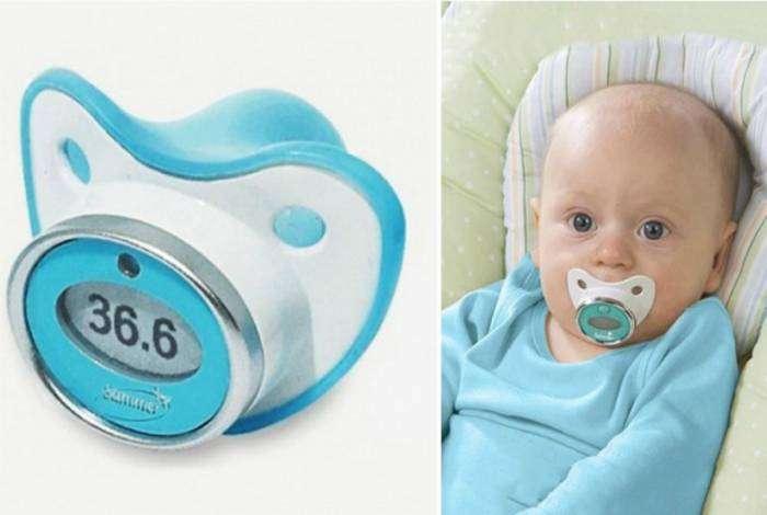 Электронный термометр-соска поможет без труда измерить температуру малыша.