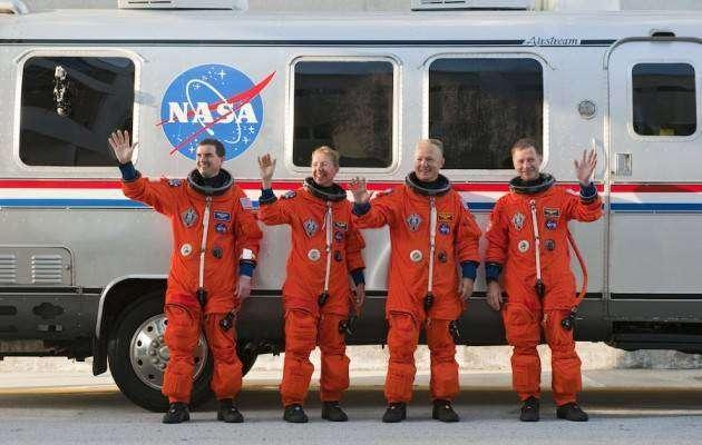Крутые автомобили NASA: Astronaut Transfer Van