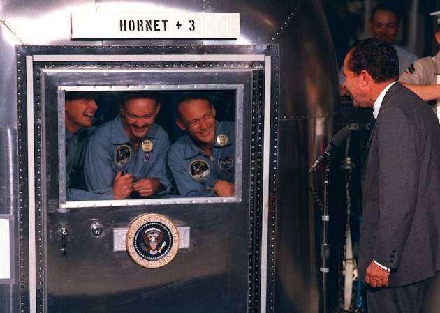 Крутые автомобили NASA: мобильный карантинный модуль