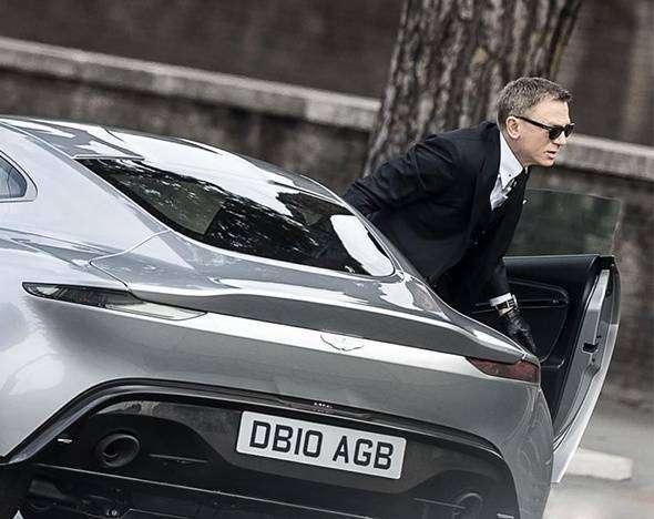 Подработки Бонда: как агент 007 стал заложником брендов