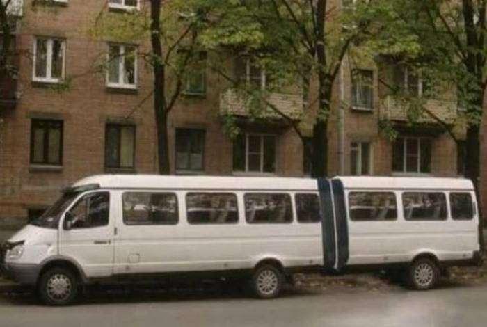 Лимузин - это прошлый век, а вот маршрутка-лимузин - это высший пилотаж!
