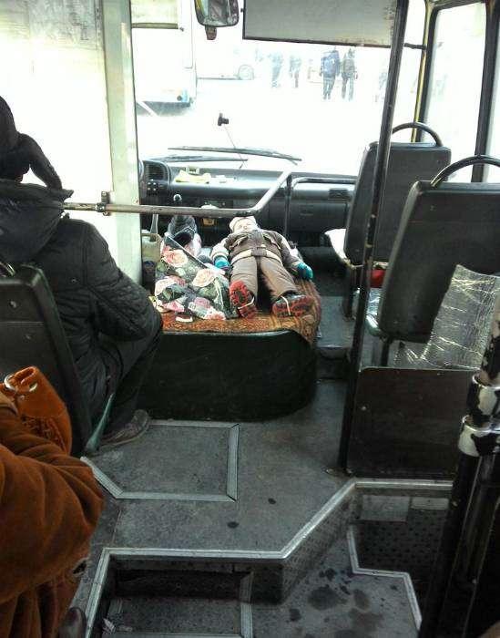 «Пассажиры, тихо, в салоне спит ребенок!»
