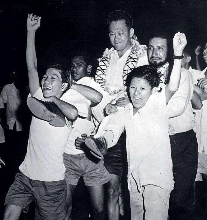 Празднование победы премьера на выборах. 1959год