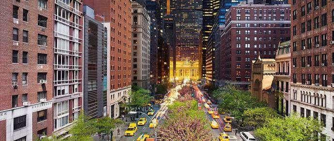 Фотограф совместил день и ночь в городских пейзажах