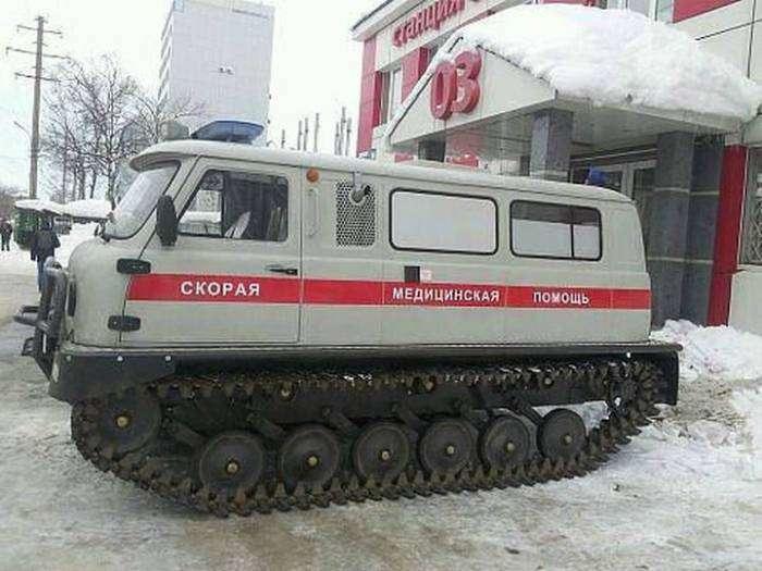 Новые машины скорой помощи.