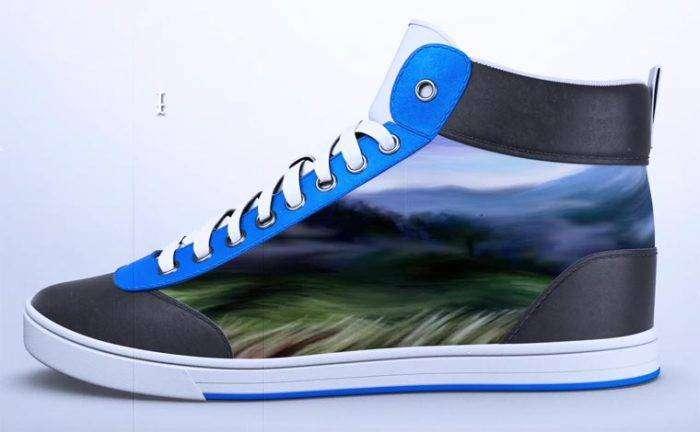 «ShiftWear» - необычная спортивная обувь, дизайн которой можно изменить в любой момент, даже во время ходьбы.