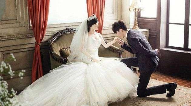 В Китае больной раком мужчина женился насекс-кукле