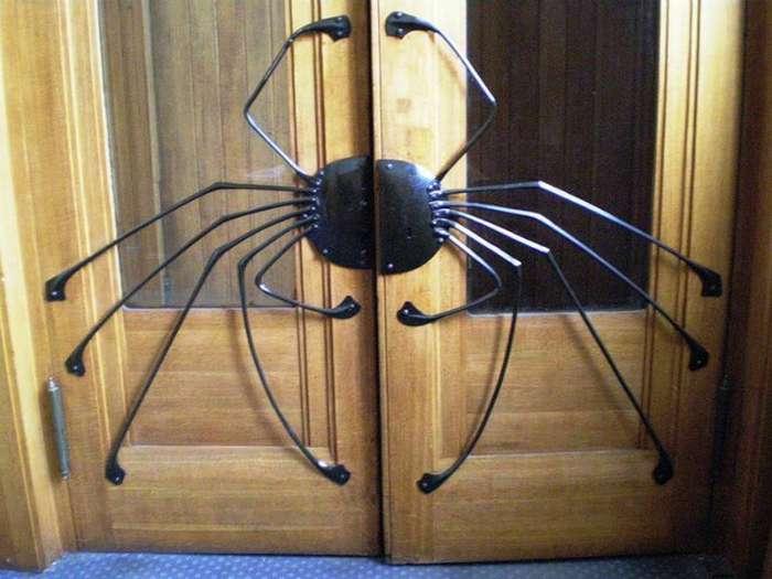 17 фантастических дверных ручек, которые будто приглашают зайти
