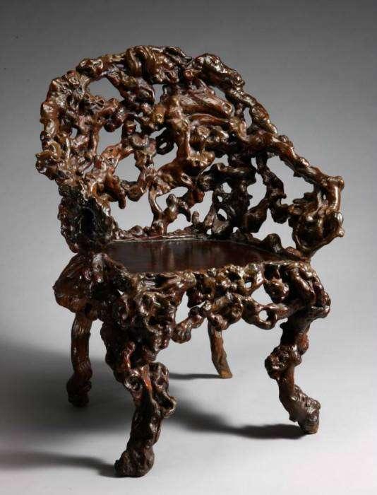 Нестандартные предметы мебели из кореньев и коряг