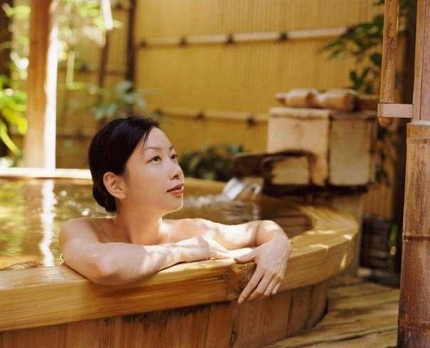 В Японии вся семья принимает ванну, не меняя воду
