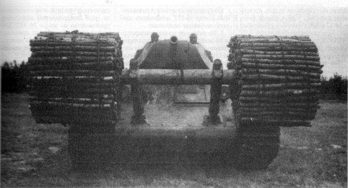 Фашина - простое приспособление для преодоления противотанкового рва (3 фото)